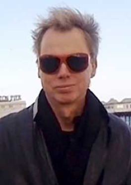 Andy Clark (1957-) エジンバラ大学教授 https://www.ed.ac.uk/profile/andy-clark